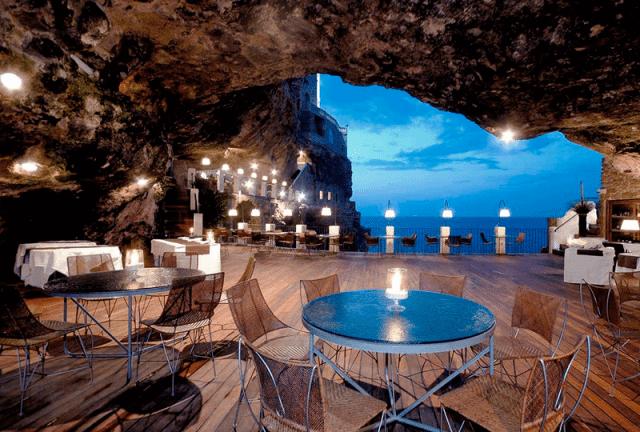 Ristorante Grotta Palazzese Polignano a Mare Itália Europa viagem
