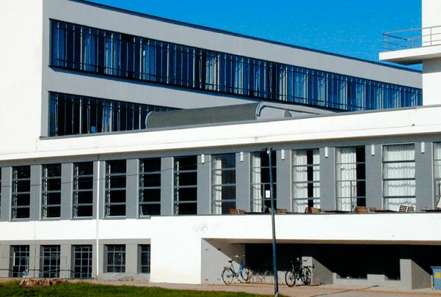 Escola Bauhaus em Dessau Walter Gropius
