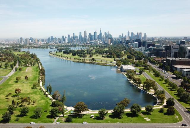 Albert Park Lake Melbourne Austrália