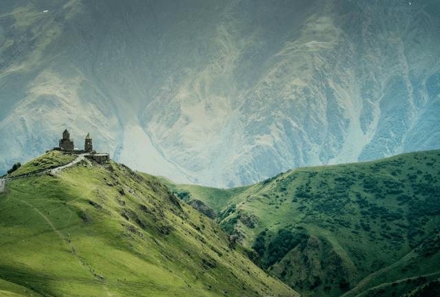 destino dos sonhos kazbegi geórgia cáucaso