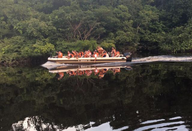 passeio rio negro amazônia