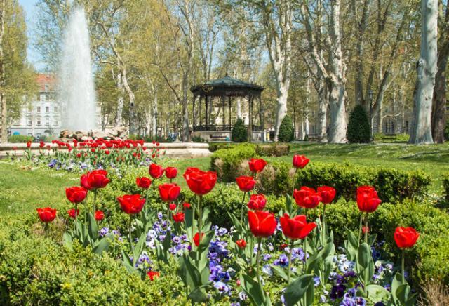 Zrinjevac Park Zagreb Croácia